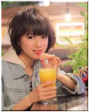 山本舞香 美少女図鑑